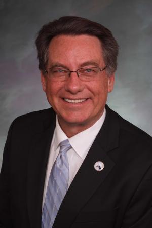 Senator Jerry Sonnenberg